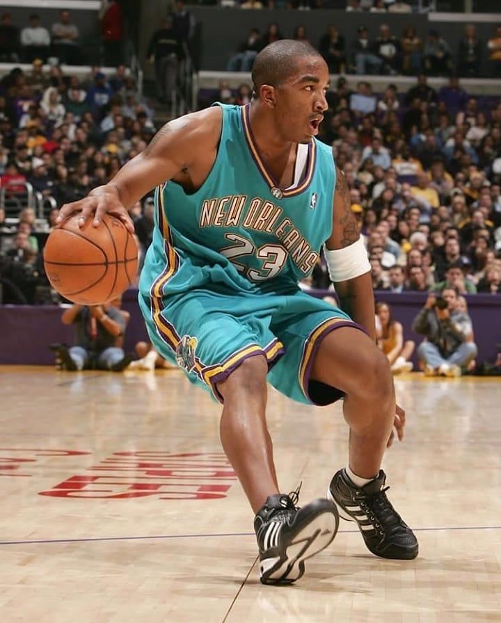 J.R. #jrsmith #nba #tbt #retrobasketball #neworleans #hornets #basketballneverstops #baller #bball #basketball #ballislife #ilovethisgame